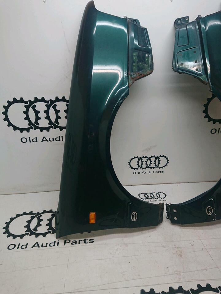 Audi cabrio Coupe typ89 Kotflügel grün Fender rechts links in Bredstedt