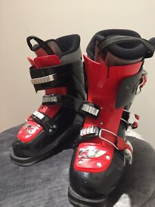 Skiing Boots for boys