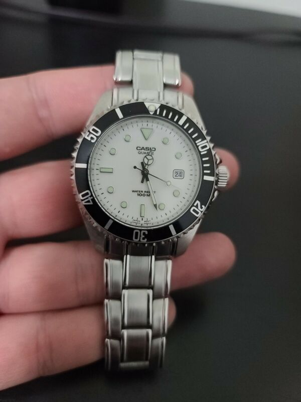 Casio MTD-1010 White With Black Bezel Vintage Rare