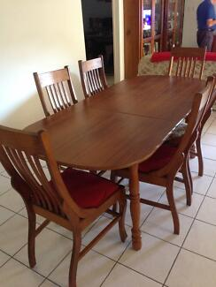 Dining Room Oval Extendable Table