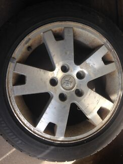 Vy adventra lx8 alloy wheels & tyres commodore