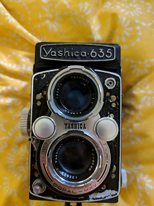Yashica 635 amd 35mm adapter (camera for parts)
