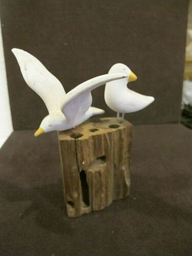 Carved Painted Wood seagulls Birds on Wood Nautical 4x4