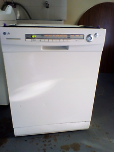 Modern LG dishwasher Cowirra Mid Murray Preview