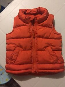 Old navy winter vest 18-24 months