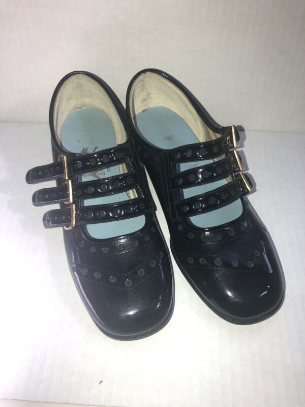 Vintage Shoes Girls MISSY MATES KIDS  Size 1 Triple BUCKLE Steel Arch NOS Church