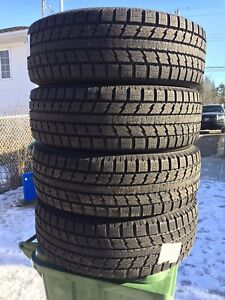 p235/65/18 inch Toyo Winter Tires / NEAR NEW / GOOD DEAL