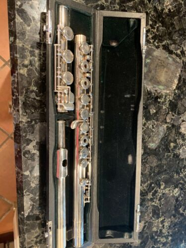 Pearl ST-700RB professional hand made Flute Japan Low B Coin Silver Great Shape!