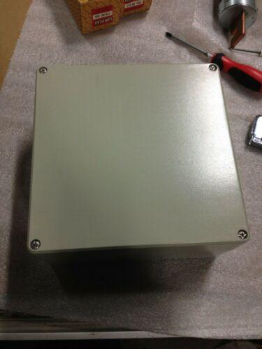 Hammond R100-240-000  9.6x9.6x4.8 diecast electrical Enclosure