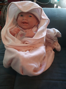 Beautiful new born baby doll so cute vgc Meadow Springs Mandurah Area Preview