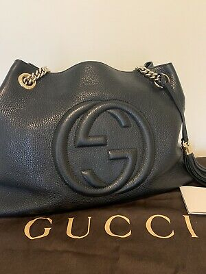 Gucci Black GG Soho Chain Handbag Pebbled Leather 2 Way Tassel Shoulder Tote Bag