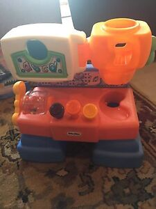 Little tikes musical work station