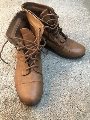 Forever 21 Brown Ankle Boots/Booties 8.5 Lace Up