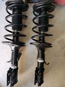 VT - VZ      FE2  Strut kit... Cranbourne East Casey Area Preview