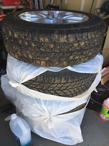 Like New Studded Winter Tires for LandRover Discovery/Evoque