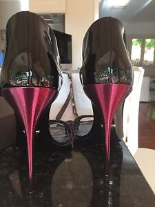 Gucci shoes  never worn Roleystone Armadale Area Preview