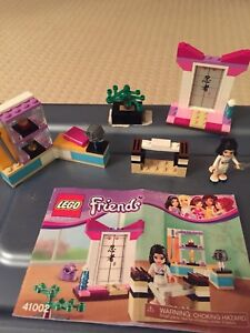 LEGO Friends Emma's Karate Class