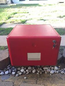 1 DRAWER RED FILING CABINET VERY GOOD CONDITION Pagewood Botany Bay Area Preview