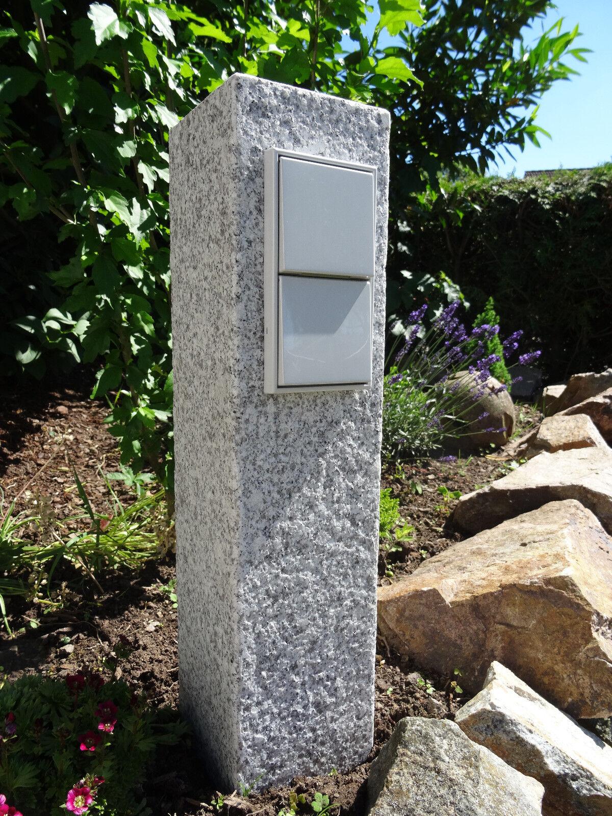Steckdosensäule Granit Palisade Stein helll 50cm Garten Steckdose Lichtgrau