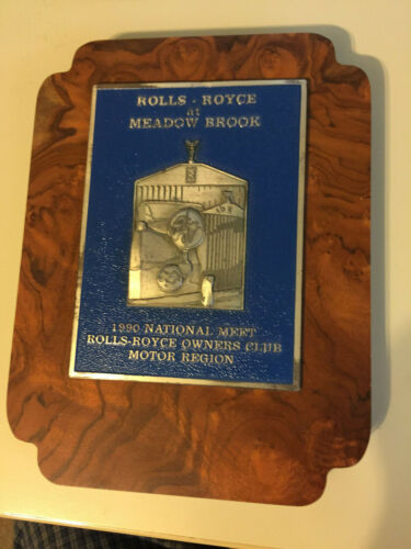 Rolls Royce at Meadowbrook Award
