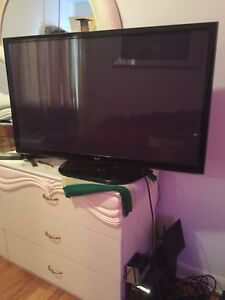 Television  LG 45 pouce