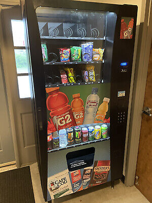 Selectivend Drink And Snack Vending Machine