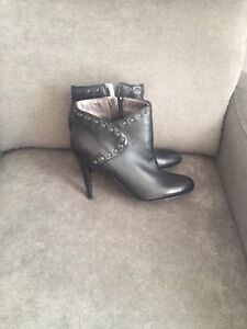 Nine West Boots in Size 9