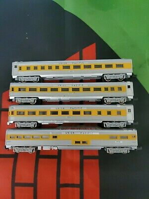 Union Pacific Rail Cars For Model Train Set Of 4