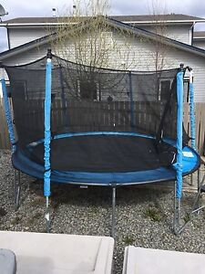Trampoline ****150.00**** must pick up asap!