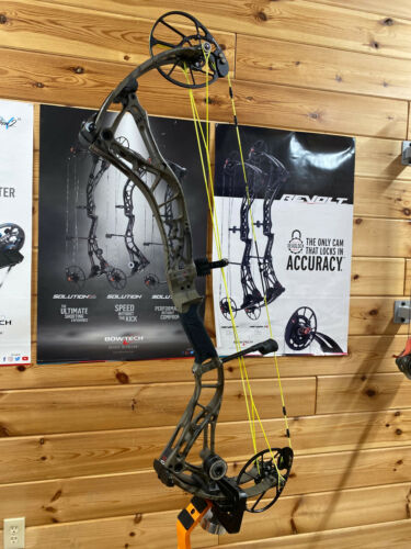 """NICE USED Bowtech Realm SS COUNTRY ROOTS RH 25-31"""" 60-70lb CUSTOM STRINGS"""