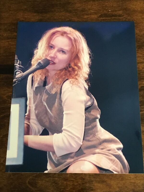 Vintage Tori Amos 8x10 Glossy Photo Playing Piano