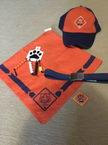 BSA Tiger Cub Scout Hat, Neckerchief, Belt and paw recognition.