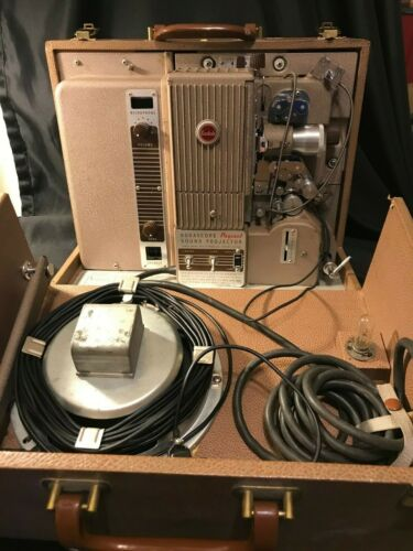 Vintage 1954 Kodascope Pageant 16mm Sound Projector Model 1 - Works!