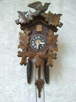 Vintage black forest mechanical cuckoo clock excellent working condition