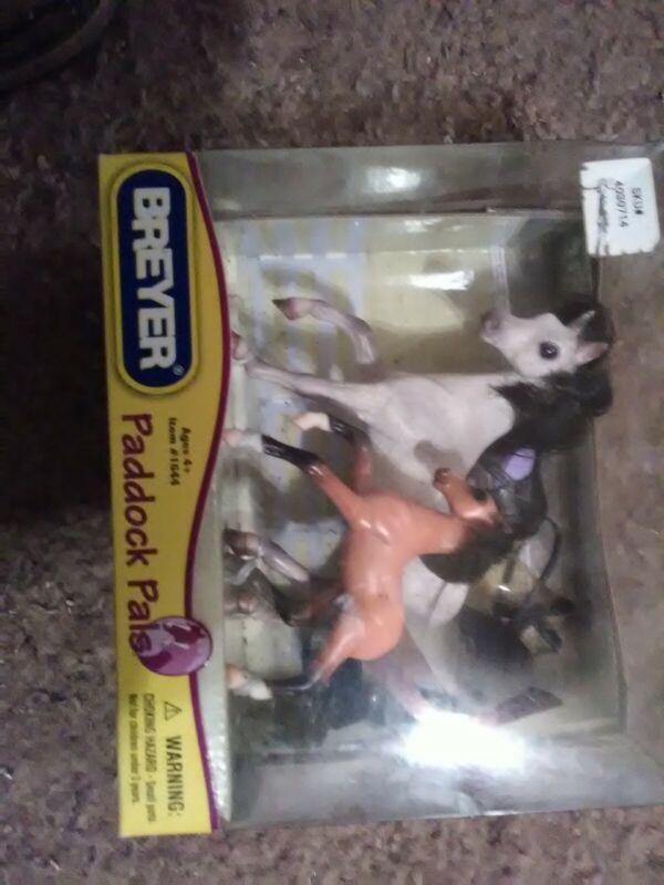 Breyer Horse Paddock Pals Gift Set #1644 dapple grey mare Bay foal  2007