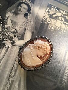 NANNAS VINTAGE STERLING SILVER MARCASITE LARGE CAMEO BROOCH OR PENDANT Pretty!!
