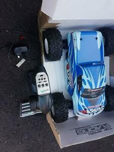 1/10 electric powered off road truck brushless