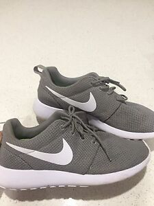 Women's Nikes. Roshe one iD + Chuck Taylor's black all star low top Bakewell Palmerston Area Preview