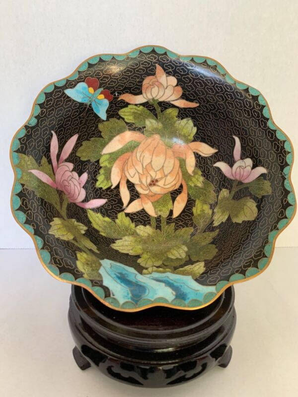NEW CLOISONNE FLUTED BOWL 6 INCH DIAMETER PEACH, GREEN AND BLUE ON BLACK