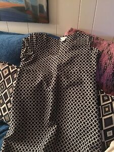 Womens Clothes!!! Office, Dressy  & Casual! Size 8-10! London Ontario image 8