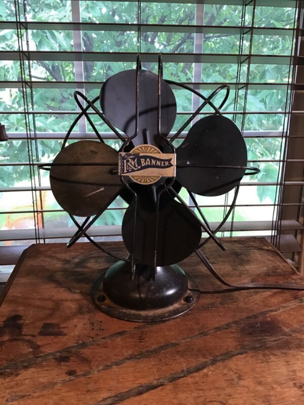 """Vintage Smaller Size 8 1/2"""" Wide R & M Banner Robbins & Myers Table Fan"""