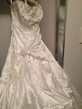 Wedding Dress Veil and Bag Canning Vale Canning Area Preview