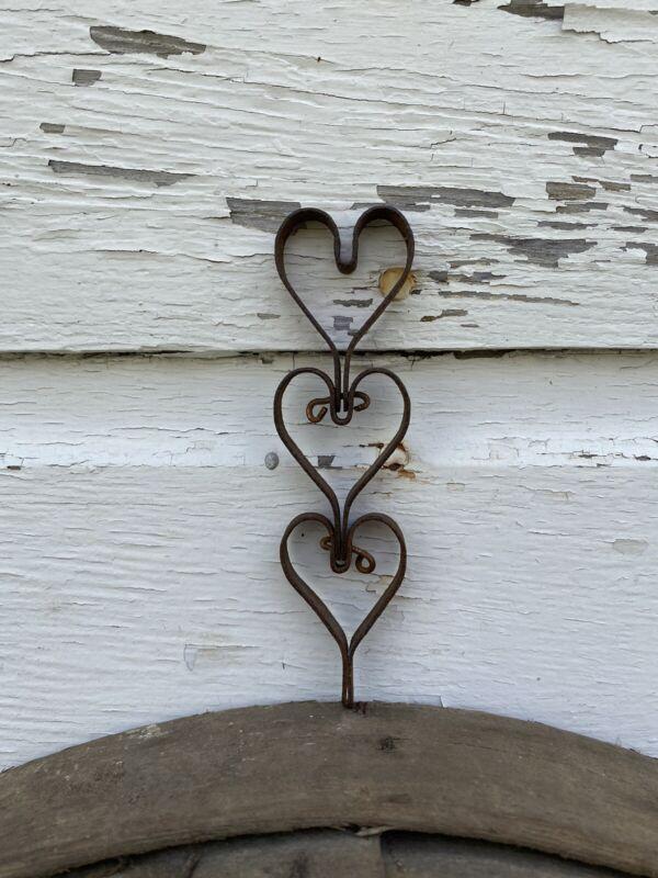 Single Link Vintage Old Primitive Metal Hearts/Metal Door Mat Iron Heart AAFA