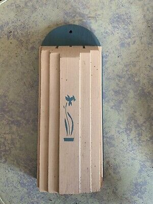 Vintage Nostagia Kitchen Knife Block Acqua Wall Mount By NUWAY 1940's- 50's