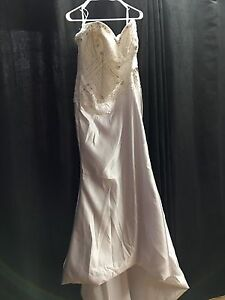 Wedding dress blow out.  Kitchener / Waterloo Kitchener Area image 1