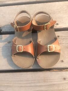 Saltwater surfer sandals size 12 child