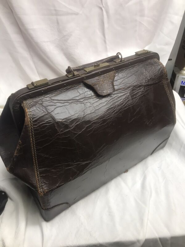 Vintage /Antique Medical Doctor's Bag Leather Marked 18 Warranted Cow Hide