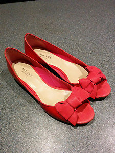 Milana coral patent peep toe with bow, small heel, size 39 Sutherland Sutherland Area Preview