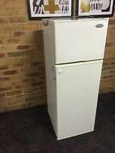 Westinghouse Silhouette 220L Fridge Freezer - CRISP & CLEAN Dandenong North Greater Dandenong Preview