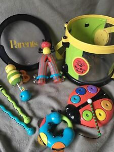 Bee Bop Band, musical instruments